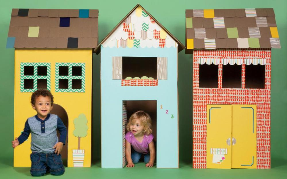 2015-11-Repurpose-Cardboard-Box-Playhouses-WB