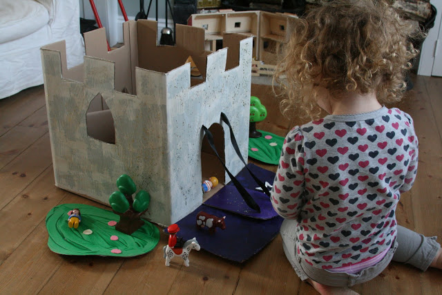 Cardboard-box-castle