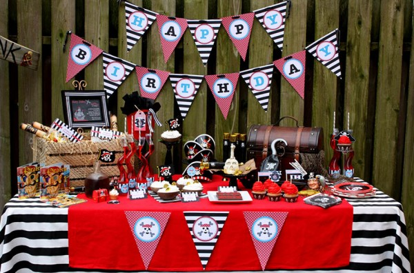 pirate-theme-party-ideas-for-adults