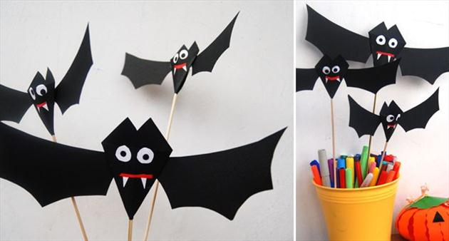 diy-halloween-home-decor-ideas-paper-bats-sticks-kids-room