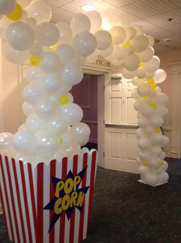 e4974f5211f4f905cfbccc8a59829caf--movie-party-decorations-movie-decor