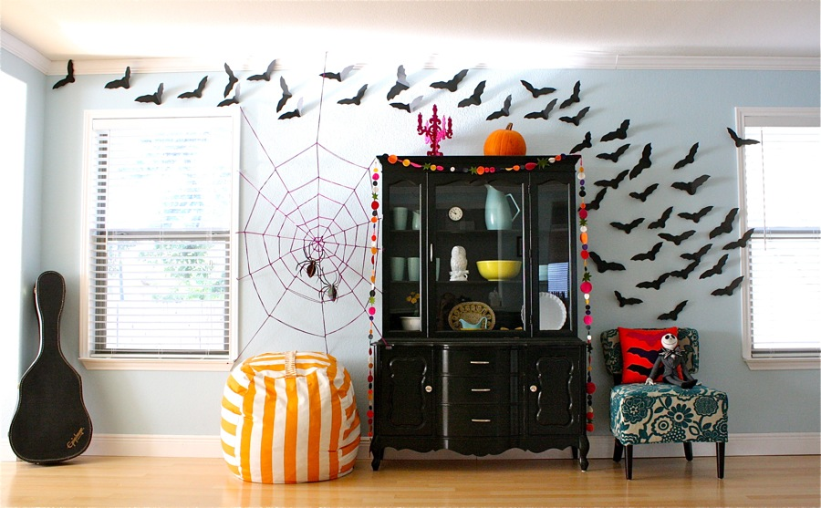 wall-halloween-spider-web-decoration