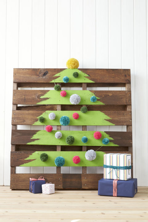 gallery-needle-free-tree-wood-pallet-1216-1