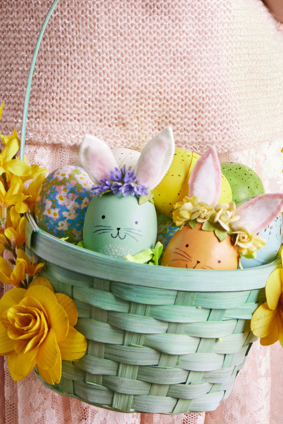 bunny-floral-crown-easter-eggs-1520291300
