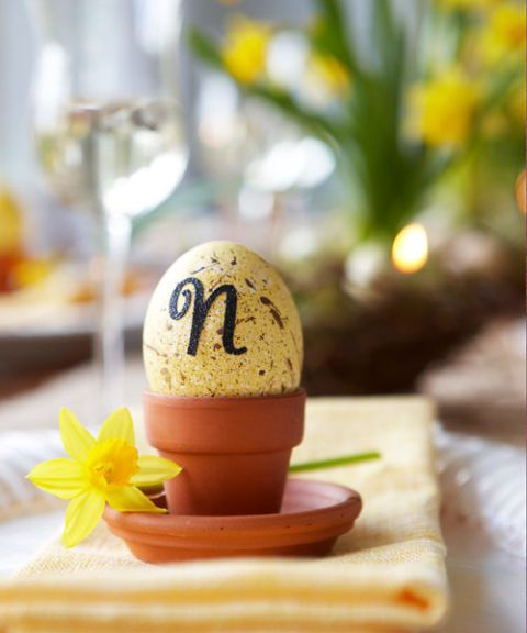 55005c298fa1f-egg-place-cards-0410-s3