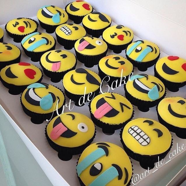 emoji-birthday-cake-toppers-52-best-emoji-cakes-cupcakes-and-sweets-images-on-pinterest-1
