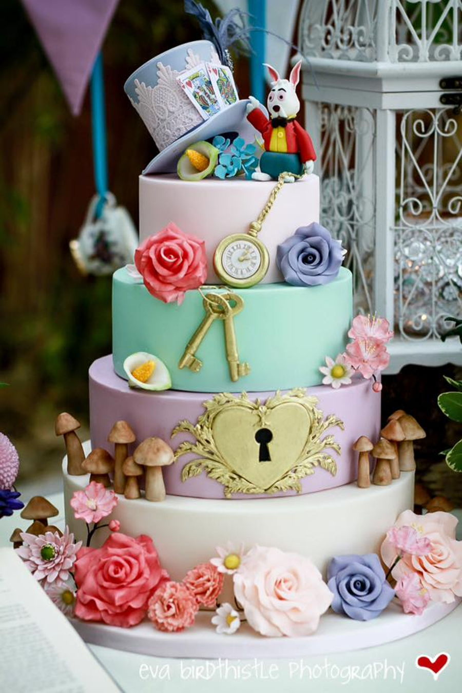 900_whimsical-mad-hatters-tea-party-wedding-cake-925967StHHO