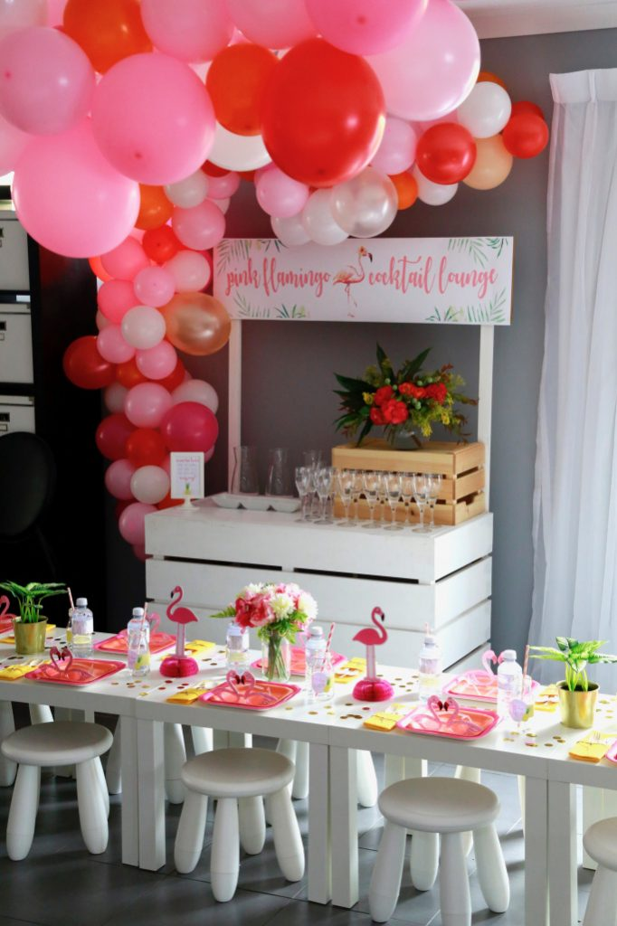 Styling-Flamingo-package-by-My-Little-Party-Perth-682x1024